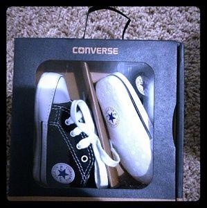 Newborn Converse